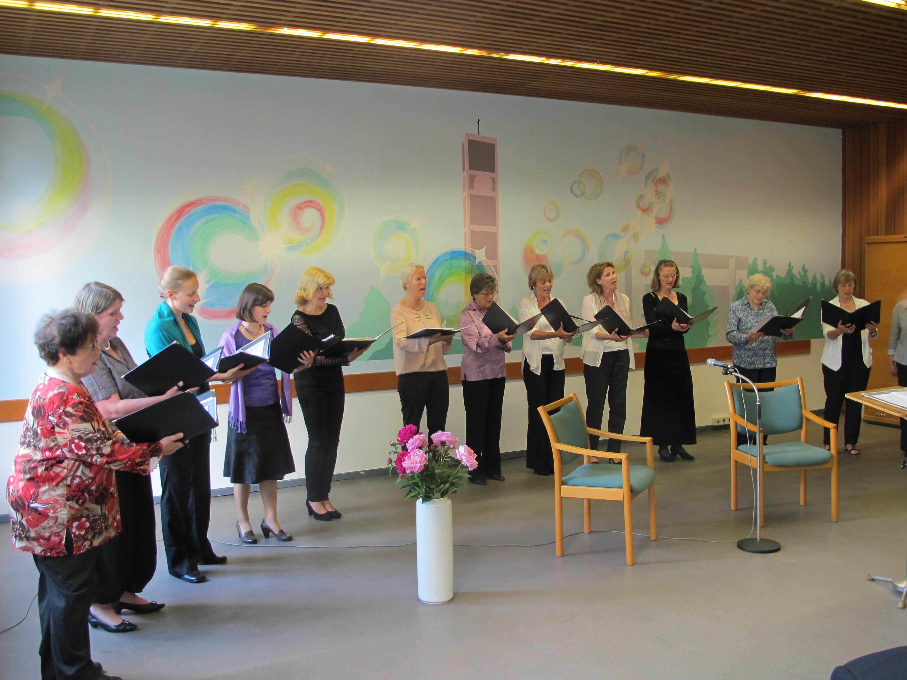 Frauenchor Euphonia sorgte für den musikalischen Rahmen